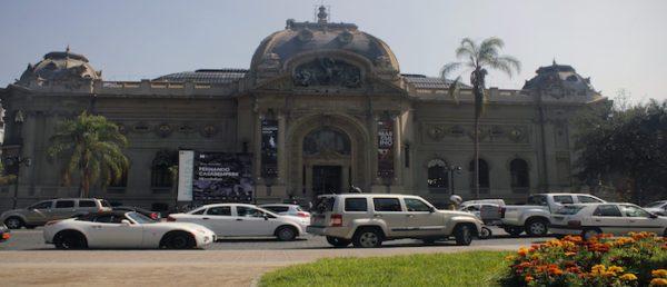 https://tours4tips.com/wp-content/uploads/2018/11/Meeting-point-Bellas-artes-museum-600x258.jpg